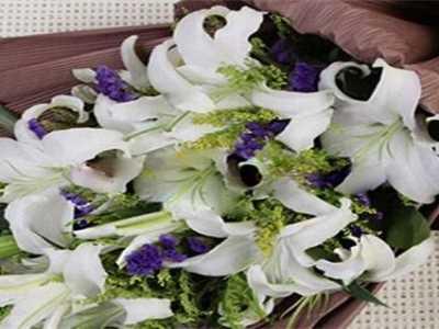 百合是什么意思 送百合花代表什么意思